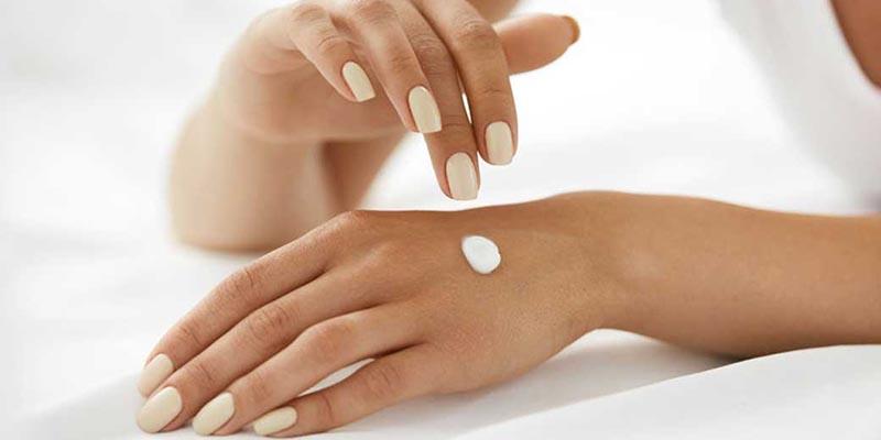 تاثیر مواد شوینده بر روی پوست